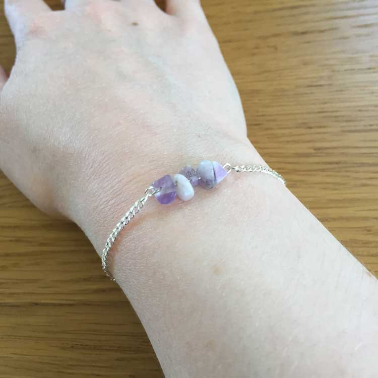 "Silver Chain Handmade 7.5"" Bracelet with Amethyst Agate Gemstone Chip Bar"