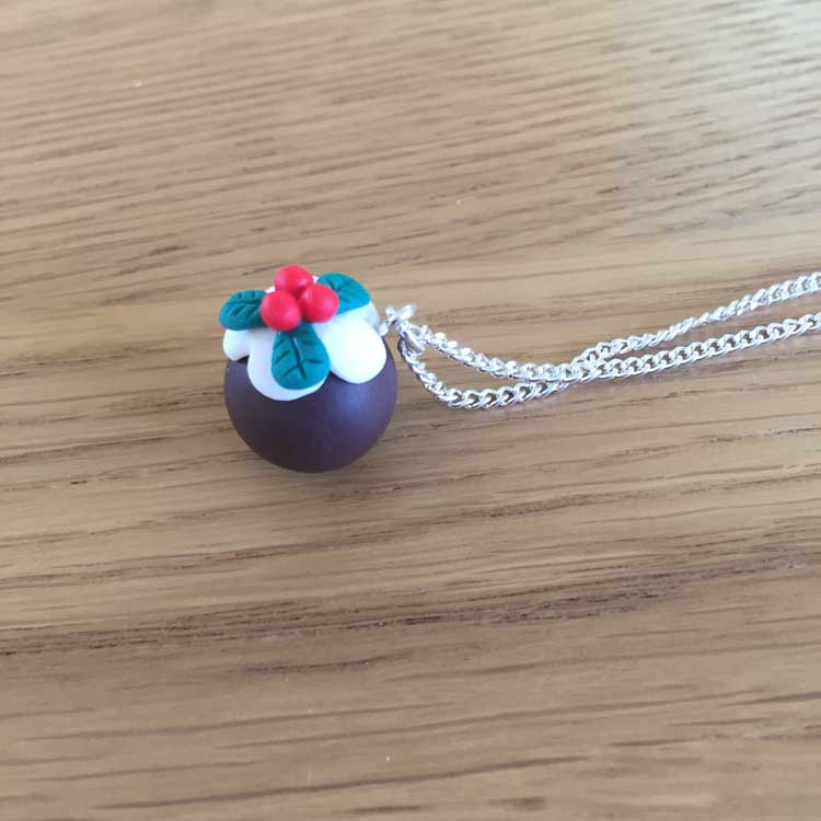 "Handmade Christmas Pudding 16"" Chain Necklace"